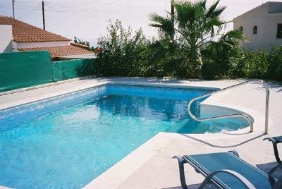 ecologia zypern ferienhaus villa rose. Black Bedroom Furniture Sets. Home Design Ideas