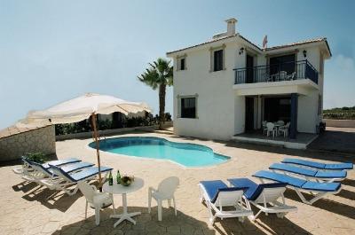 ecologia zypern ferienhaus villa weinfeld. Black Bedroom Furniture Sets. Home Design Ideas